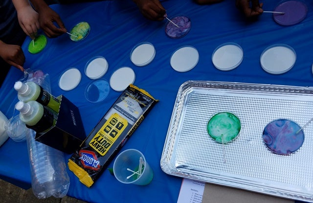 Clorox STEM hands-on science project